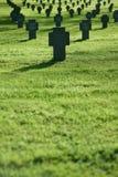 cmentarniany krzyży pola trawy zmierzch Obraz Stock