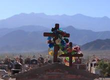 Cmentarz pełno kwiaty Zdjęcie Royalty Free