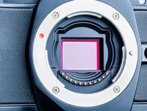 Cmos-Sensor oder auch genanntes digitales CCD installiert auf mirorless Ca Lizenzfreies Stockfoto