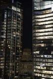 cn公寓房建筑前景风船地平线多伦多塔 加拿大 免版税库存照片