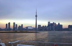 cn miejsca budowy skyline ?agl?wek Toronto pierwszoplanowy wie?y fotografia stock
