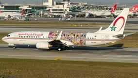 CN-RGF Royal Air Maroc, Boeing 737-800 Arkivbilder