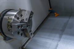 CNC翻转机纺锤和车床车间 库存图片