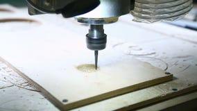 CNC de malenmachine verwijdert details stock video