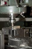 CNC di perforazione e di macinazione in workshop Immagine Stock Libera da Diritti
