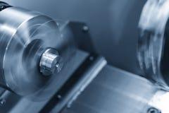 CNC kręcenia tokarski maszynowy maszynowy rozcięcie metal śruba Zdjęcie Stock