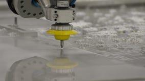 Cnc-Maschine für Wasserstrahl stock video footage