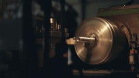 CNC mielenia maszyna Produkuje metalu szczegół w fabryce zdjęcie wideo