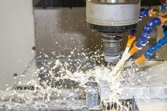 CNC mielenia maszynowy rozcięcie lejni część zdjęcie stock