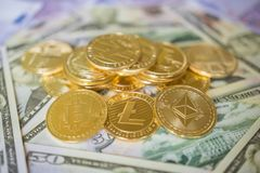 Собрание секретной монетки валюты установленное, bitcoin, ethereum, litecoin стоковая фотография rf
