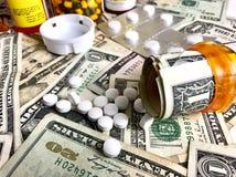 Coûts de médicament délivré sur ordonnance Photo libre de droits
