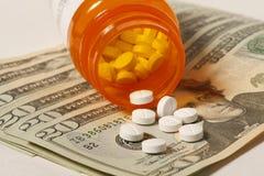 Coûts de médicament délivré sur ordonnance Images stock