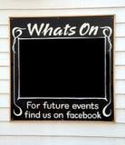 Co jest na zawiadomienia blackboard Obrazy Stock