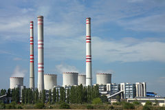 Coal power plant  and cooling towers Royalty Free Stock Photos