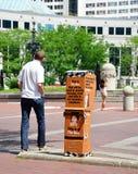 Coalizione per la scatola, Indianapolis e il peo senza tetto di raccolta di fondi Fotografia Stock Libera da Diritti
