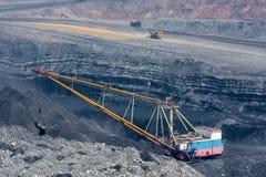 Coalmining i öppen grop Royaltyfri Foto