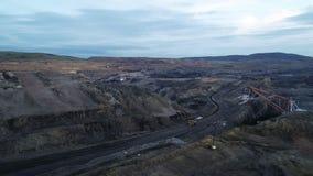 Coalmining otwartej jamy kopalni anteny czerń zbiory wideo
