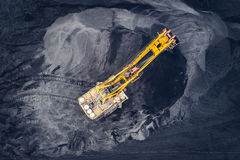 Coalmining på en öppen grop Royaltyfri Fotografi