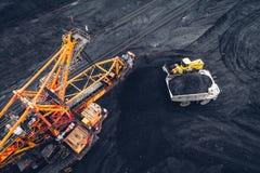 Coalmining på en öppen grop Fotografering för Bildbyråer