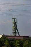 Coalmining wierza przed niebem fotografia royalty free