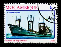 Coastal freightship `Linde`, Ships of Mozambique serie, circa 1981. MOSCOW, RUSSIA - DECEMBER 21, 2017: A stamp printed in Mozambique shows Coastal freightship ` Stock Photo