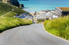 Coastal Road climbing steeply in Cornwall Royalty Free Stock Photography