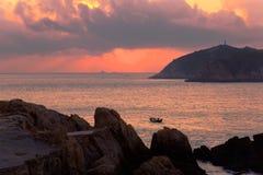 Free Coastal Sunrise Royalty Free Stock Photo - 10992425