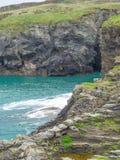 Coasteering en Cornualles Fotos de archivo libres de regalías
