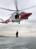 CoastguardWinchräddningsaktion Royaltyfri Foto