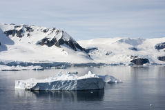 Coastline of Antarctica With Ice Formations Royalty Free Stock Photography