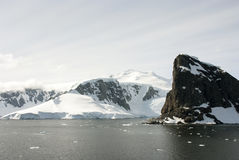 Free Coastline Of Antarctica With Ice Formations Royalty Free Stock Photography - 64445597