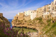 CoastPolignano adriático da costa de Apulia uma égua: 'Praia de Cala Porto' Itália (Apulia) Fotografia de Stock