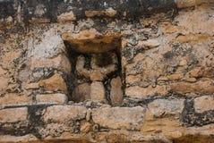 Coba, Meksyk, Jukatan: Archeologiczny kompleks, ruiny i ostrosłupy w antycznym Majskim mieście, zdjęcie stock