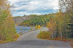 Cobalto, estrada do cascalho de Ontário fotografia de stock