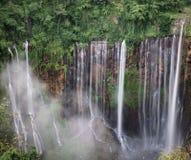 Coban在Bromo山附近的Tumpak Sewu在东爪哇省 免版税图库摄影
