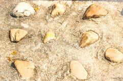 Cobb áspero material do teste padrão da parede de superfície de pedra do shapee da estrada da rocha Imagens de Stock Royalty Free
