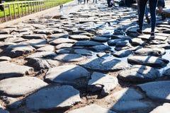 Cobble πέτρα στο τέλος του αρχαίου τρόπου Appian Στοκ φωτογραφία με δικαίωμα ελεύθερης χρήσης