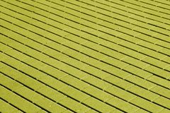 Cobble el modelo de piedra de la superficie del pavimento en tono amarillo foto de archivo libre de regalías