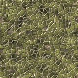 Cobble il fondo senza cuciture irregolare del modello di mosaico delle pietre - mosaico verde beige della pavimentazione colorato illustrazione di stock