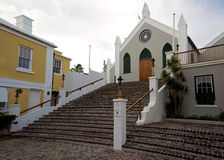 Cobbled Treppenhaus zu St. Peters Anglican Church in St George, Bermuda Stockfotos