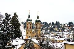 Coberto na catedral da neve em St Gallen, Suíça imagens de stock royalty free
