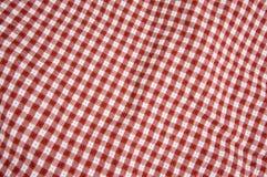 Cobertor vermelho e branco do piquenique Fotografia de Stock