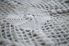 Cobertura branca feita malha Fotografia de Stock