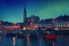 Cobh, Irlanda en la noche Foto de archivo libre de regalías