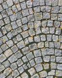 Coblestone-Weg im Herbst Stockfotos