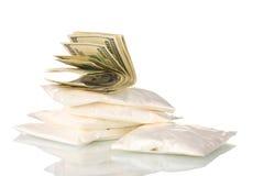 Cocaïne en marihuana in pakket Royalty-vrije Stock Afbeeldingen