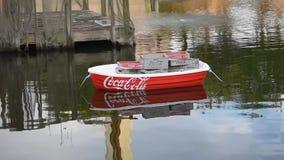 Coca Cola-boot die zich in Zeven Overzees meer in Seaworld bewegen