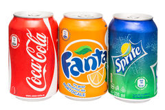 Coca-Cola, Fanta et boîtes de Sprite d'isolement Photo stock