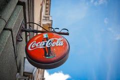 Coca Colaschild Lizenzfreies Stockbild
