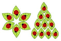 Coccinelles sur des feuilles illustration libre de droits